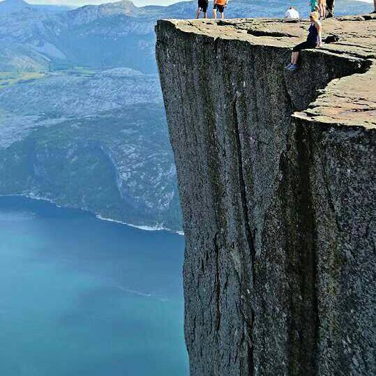 Me on Preikestolen rock!!